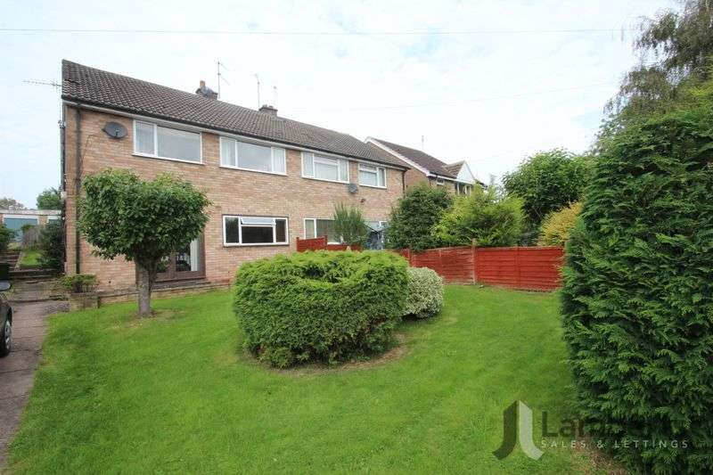 2 Bedrooms Flat for sale in Lower Cladswell Lane, Alcester