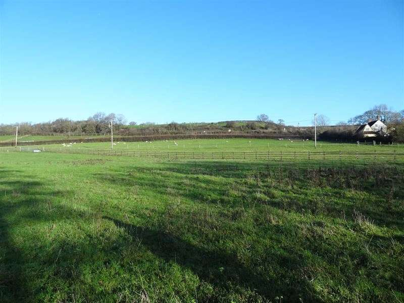Detached House for sale in Huntingford, Charfield