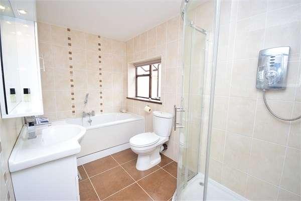 5 Bedrooms Semi Detached House for sale in Lightburne Avenue, Lytham St Annes, FY8