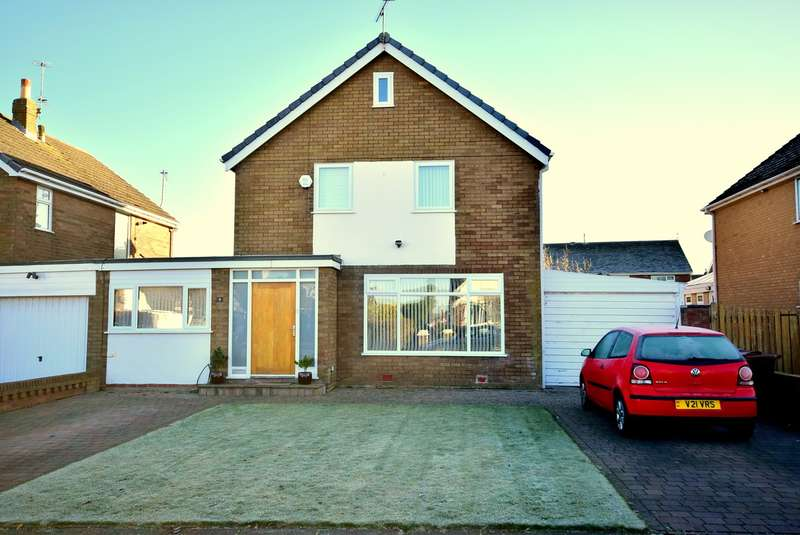 5 Bedrooms Link Detached House for sale in Waddington Road, Lytham St Annes, FY8
