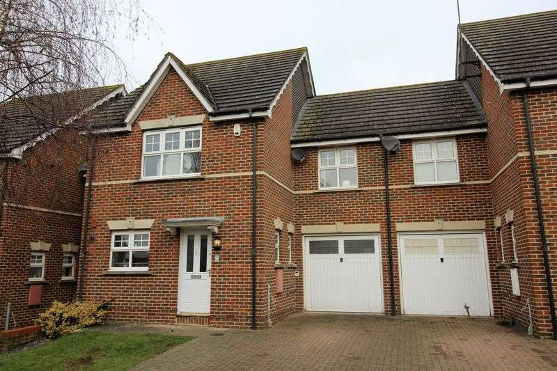 3 Bedrooms Semi Detached House for sale in Colenso Drive, Mil Hill, NW7