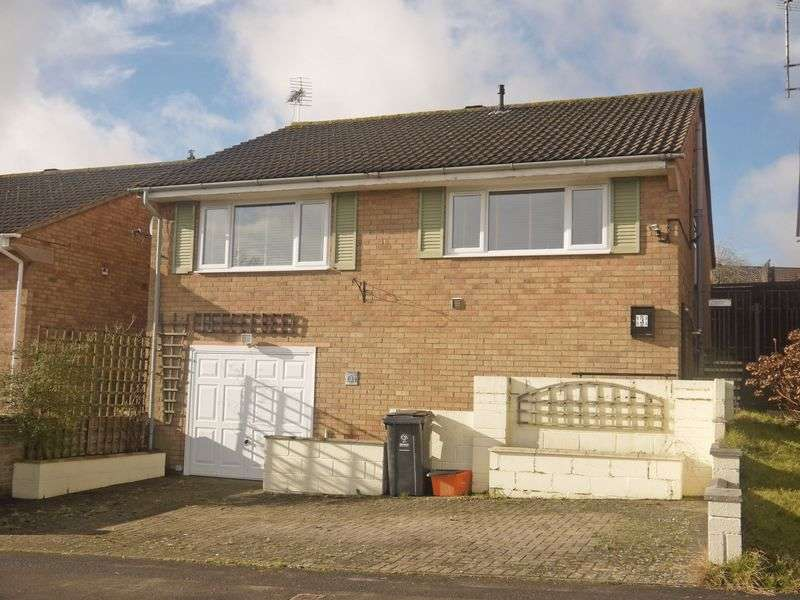 2 Bedrooms Detached Bungalow for sale in White Castle, Swindon