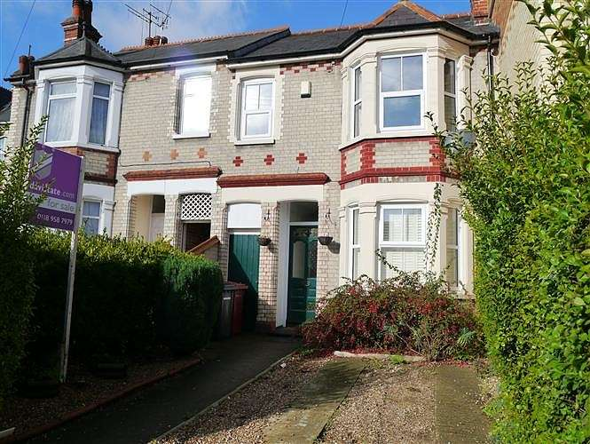 4 Bedrooms Terraced House for sale in Grovelands Road, Reading, RG30