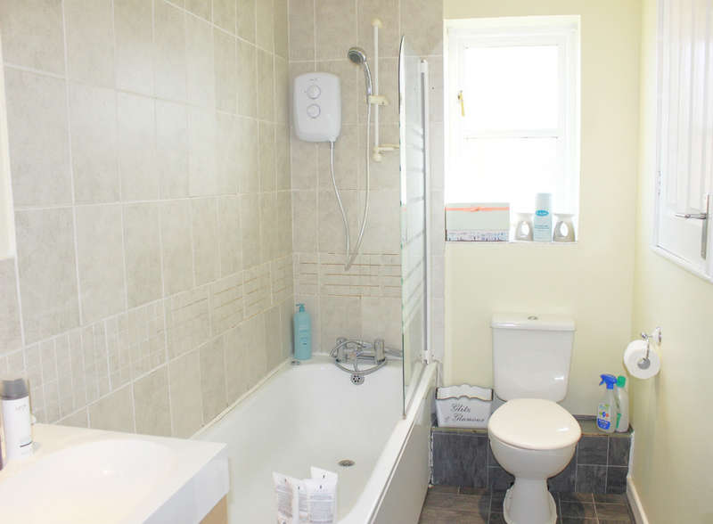 3 Bedrooms Semi Detached House for sale in Willow Drive, North Duffield, Selby