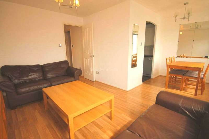 2 Bedrooms Apartment Flat for sale in Velour Close, Trinity Riverside
