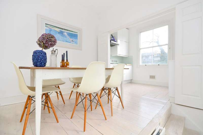 2 Bedrooms Flat for sale in St Stephens Gardens, Bayswater, W2