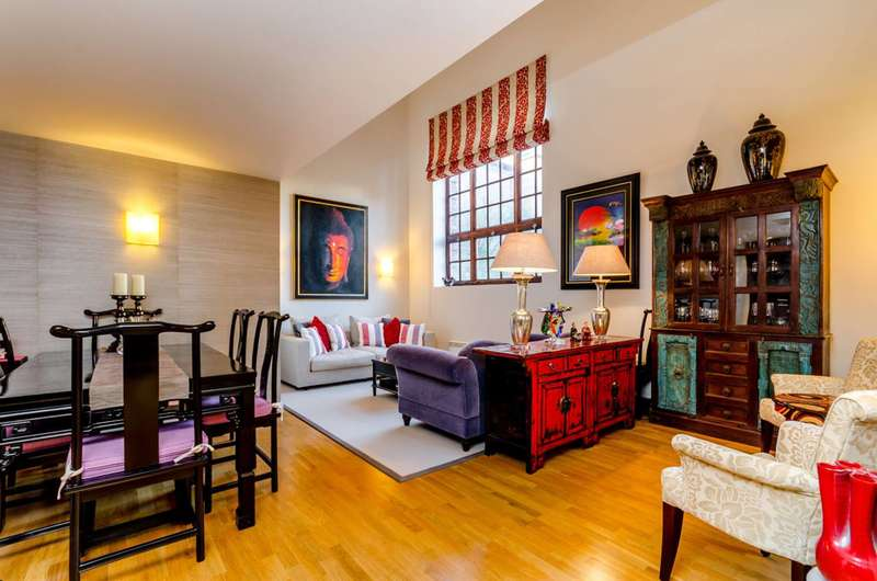 3 Bedrooms Flat for sale in Scott Avenue, West Hill, SW15