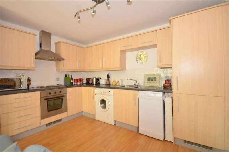 1 Bedroom Apartment Flat for sale in Fairbank Road, Southwater, Horsham, West Sussex