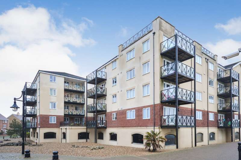 2 Bedrooms Flat for sale in Macquarie Quay, Eastbourne, BN23