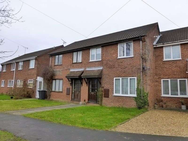 3 Bedrooms Terraced House for sale in Sutton