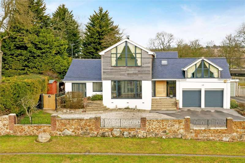 5 Bedrooms Detached House for sale in High Street, Upper Lambourn, Hungerford, Berkshire, RG17