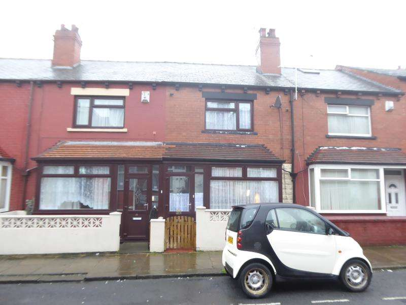 2 Bedrooms House for sale in Broughton Terrace, Harehills, LS9