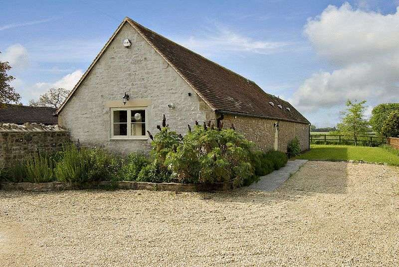 3 Bedrooms Detached House for sale in Detached barn conversion set back from the lane with garden, parking in peaceful location with good views