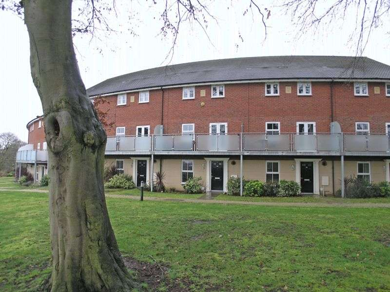 4 Bedrooms Terraced House for sale in STOURBRIDGE, Amblecote, John Corbett Drive