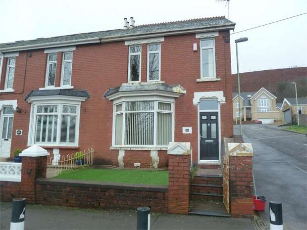 3 Bedrooms End Of Terrace House for sale in Salisbury Road, Maesteg, Maesteg, Mid Glamorgan