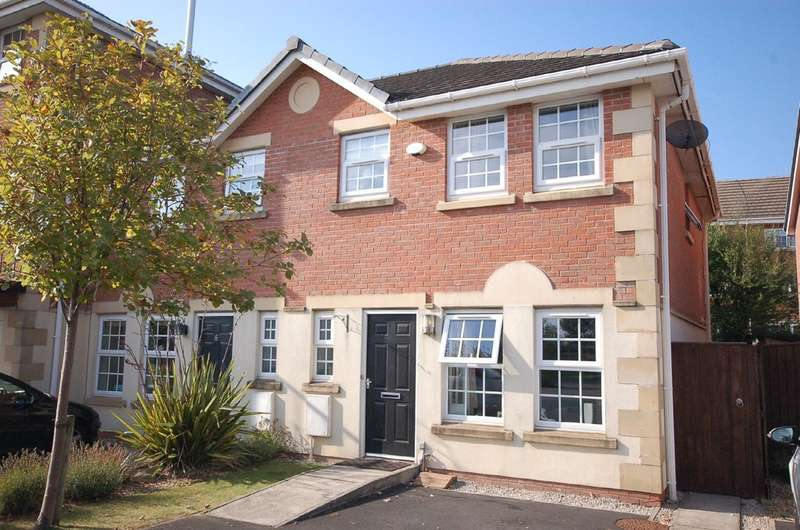 3 Bedrooms Mews House for sale in Garden Close, Poulton Gardens