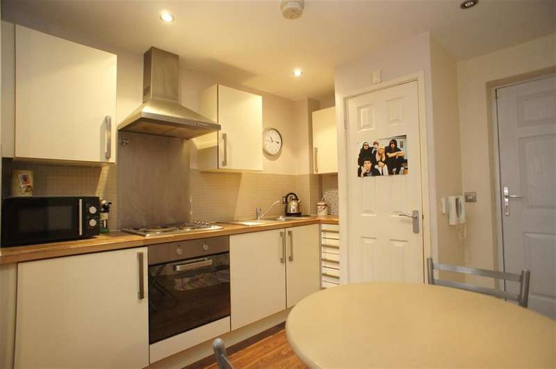 1 Bedroom Studio Flat for sale in Staveley Road, Abbeydale, Sheffield, S8 0ZQ