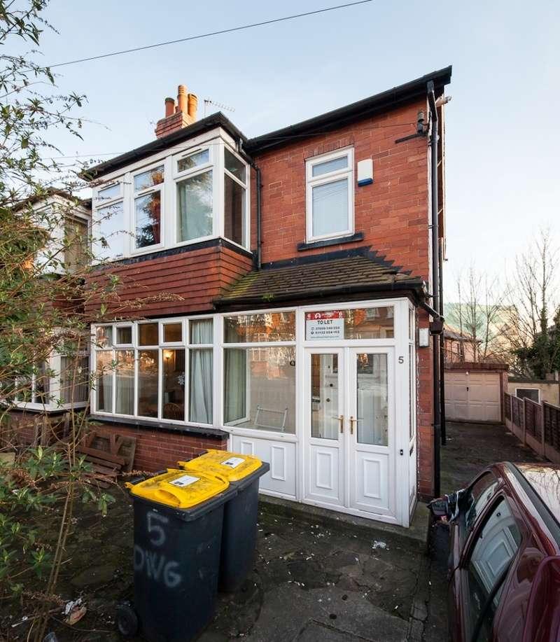 6 Bedrooms Semi Detached House for rent in Derwent Water Grove, Leeds, LS6