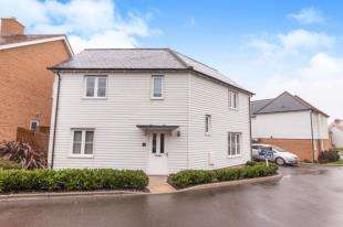 4 Bedrooms Detached House for sale in Gatcombe Crescent, Polegate, East Sussex