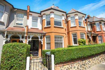 4 Bedrooms Terraced House for sale in Dukes Avenue, London