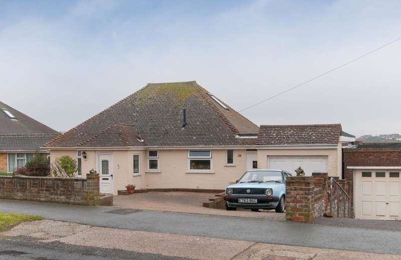 2 Bedrooms Bungalow for sale in Rookery Way, Bishopstone, Seaford, BN25 2TD