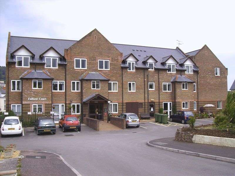 1 Bedroom Retirement Property for sale in Fulford Court, Minehead, TA24 5XA