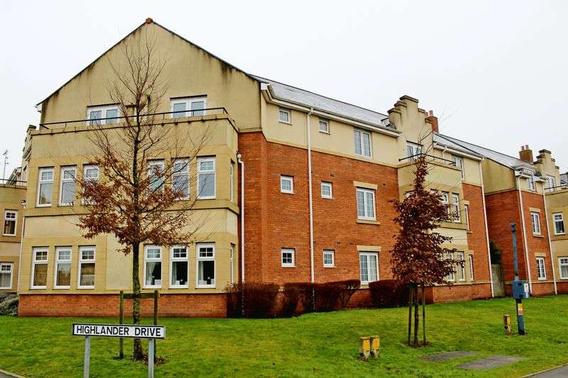 2 Bedrooms Flat for sale in Highlander Drive, Telford
