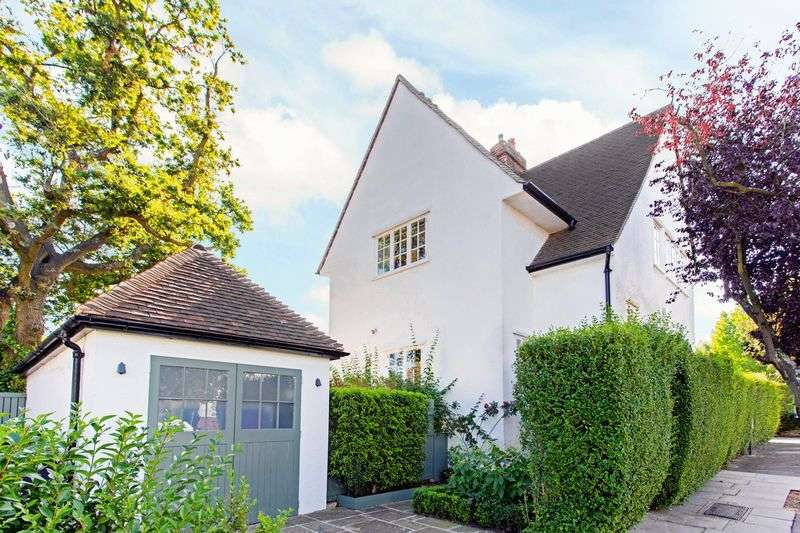 4 Bedrooms Cottage House for sale in Willifield Way, Hampstead Garden Suburb, London NW11