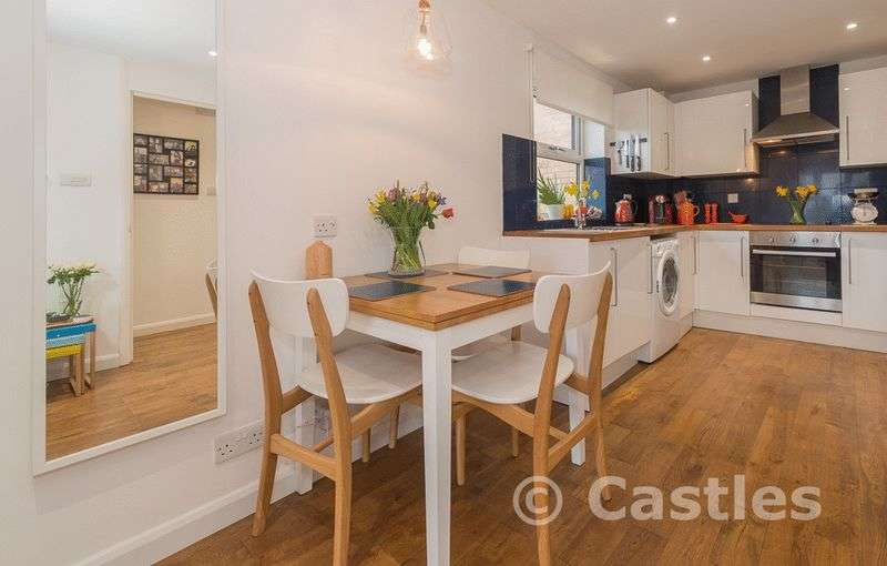1 Bedroom Flat for sale in Portland Place N15