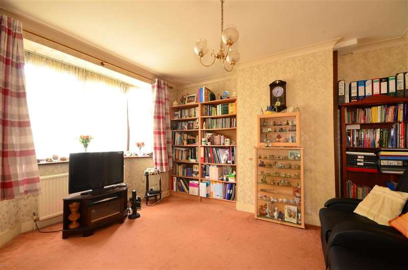 3 Bedrooms Semi Detached House for sale in Dore Avenue, Manor Park