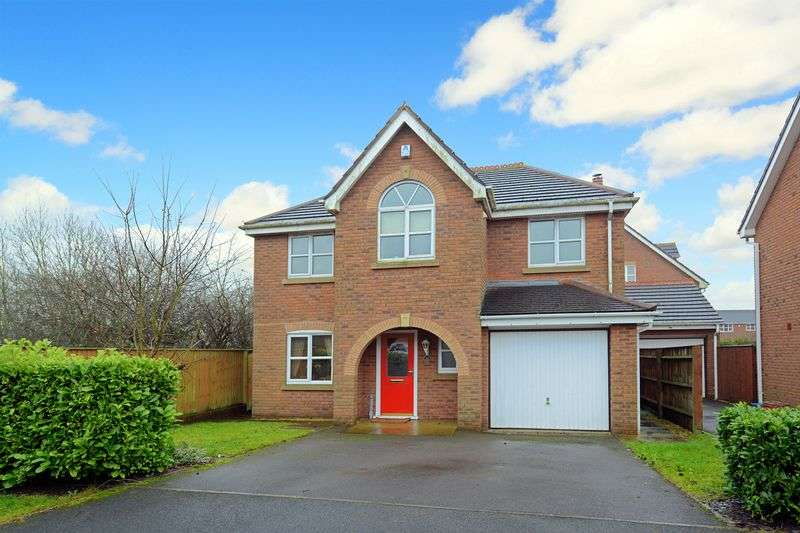 4 Bedrooms Detached House for sale in Lambeth Drive, Priorslee, Telford, Shropshire.