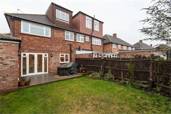 4 Bedrooms Semi Detached House for sale in Havers Avenue, Hersham, WALTON-ON-THAMES, Surrey