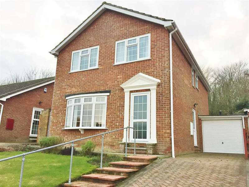 4 Bedrooms House for sale in Park Rise, Hunmanby