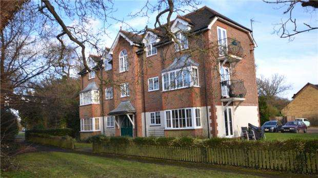1 Bedroom House for sale in Baybrook, Maidenhead Road, Cookham