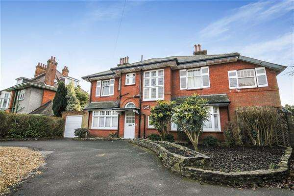 6 Bedrooms Detached House for sale in Portchester Road, Bournemouth
