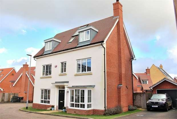 5 Bedrooms Detached House for sale in Priors Green, Little Canfield, Essex