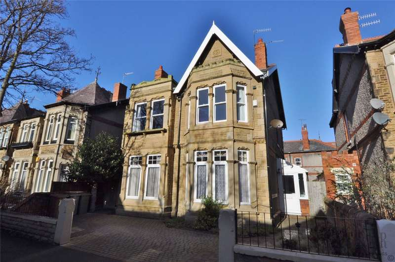 4 Bedrooms Detached House for sale in Hydro Avenue, West Kirby, Wirral