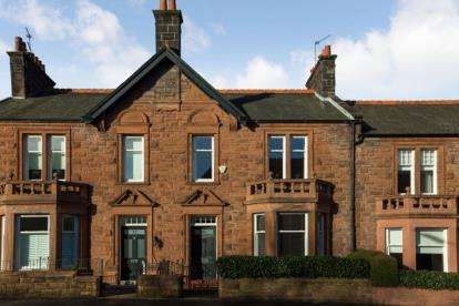 3 Bedrooms Terraced House for sale in Calside, Paisley
