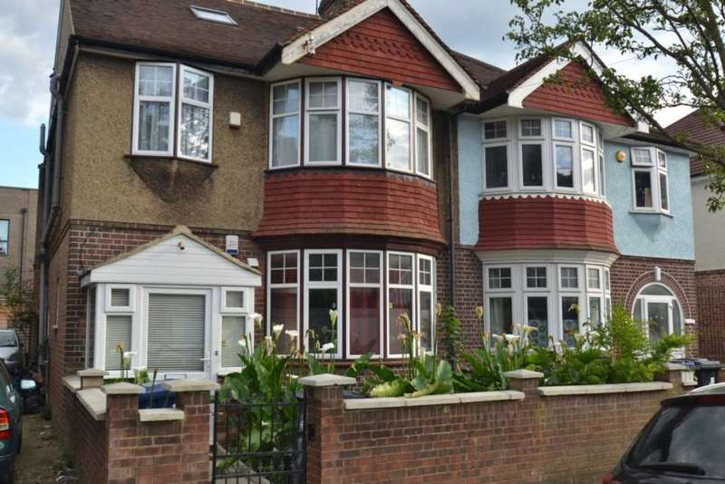 5 Bedrooms Semi Detached House for sale in Ashfield Road, Acton