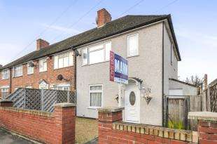 3 Bedrooms End Of Terrace House for sale in Crutchley Road, Catford, London, United Kingdom
