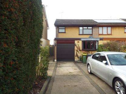 3 Bedrooms House for sale in Rayleigh, Essex, Uk