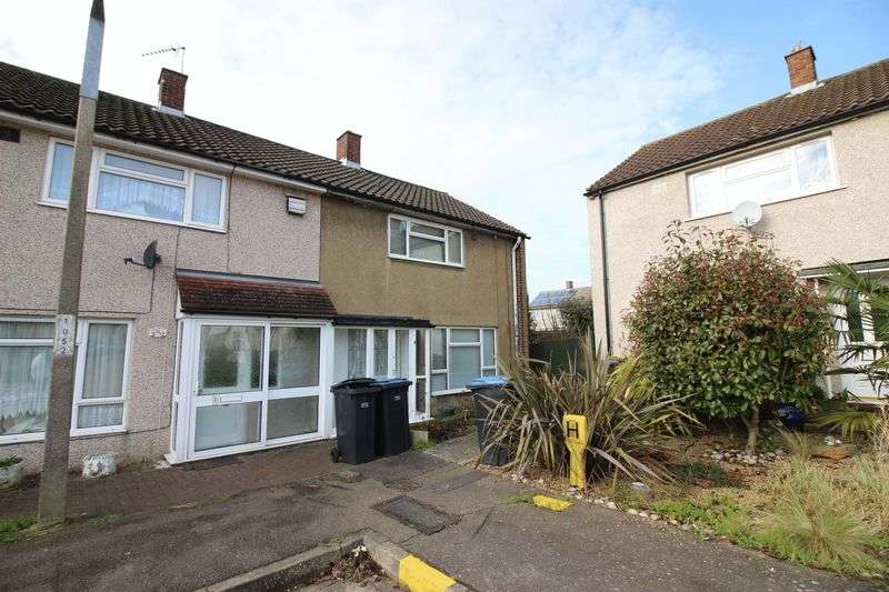 2 Bedrooms Terraced House for sale in Long Ley, Harlow, CM20