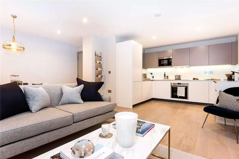 3 Bedrooms Flat for sale in Redwell House, Singapore Road, London, W13
