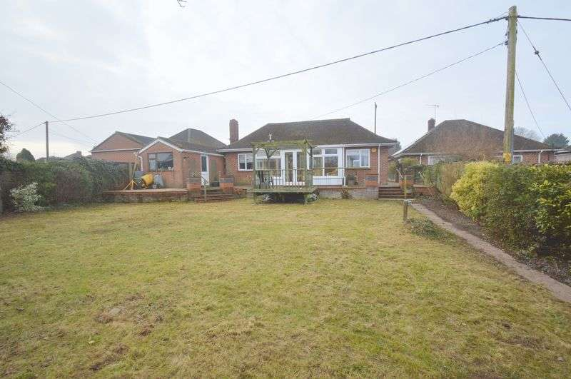 3 Bedrooms Detached Bungalow for sale in Olive Road, New Costessey, Norwich