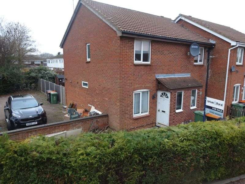 2 Bedrooms House for sale in Vanbrugh Drive.