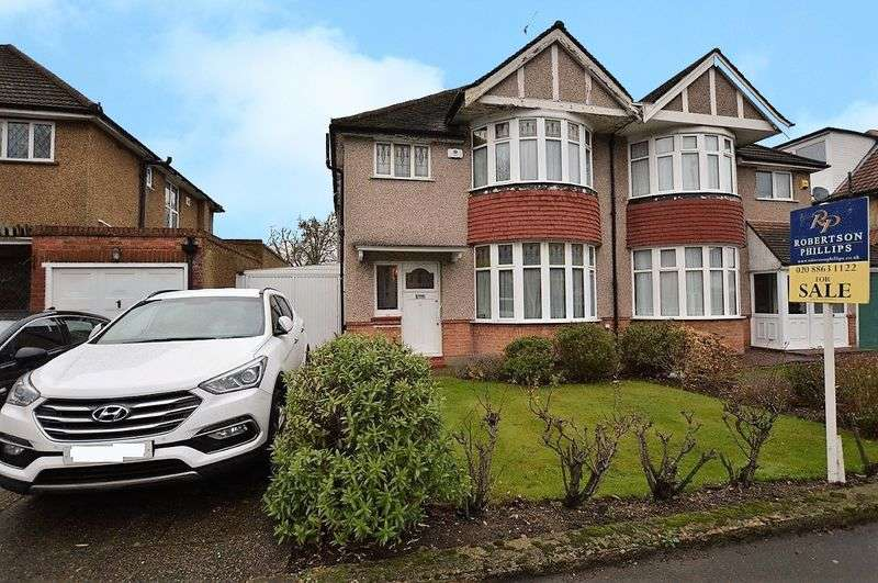 3 Bedrooms Semi Detached House for sale in Parkside Way, North Harrow