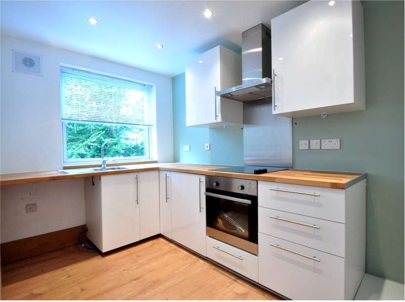 2 Bedrooms Flat for sale in Tettenhall Road, Wolverhampton, West Midlands, WV6