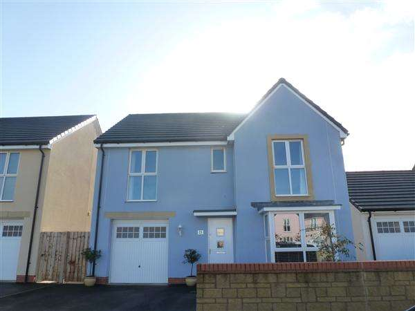 4 Bedrooms Detached House for sale in Glider Avenue, Haywood Village, Weston-Super-Mare