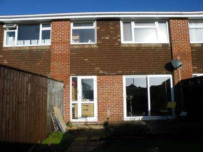 3 Bedrooms Terraced House for sale in Charlestown, Weymouth, Dorset
