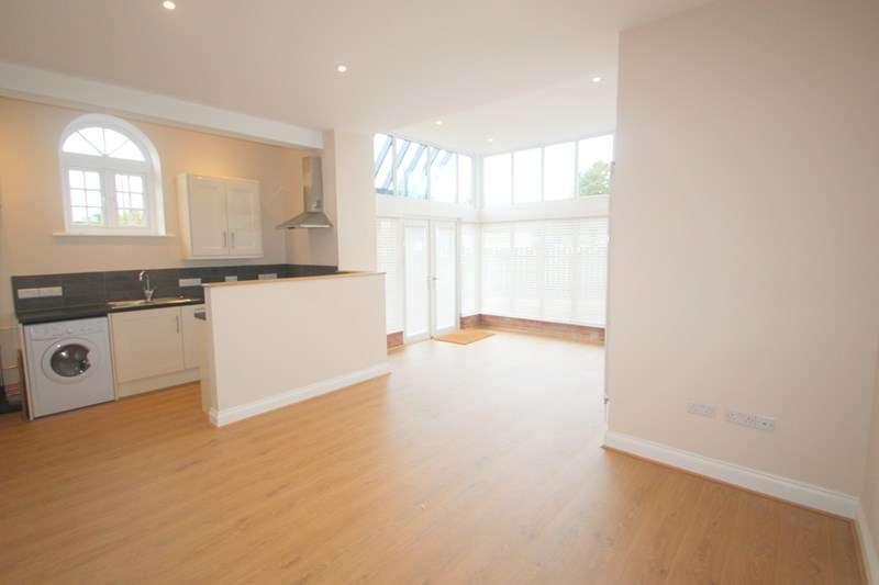 2 Bedrooms Apartment Flat for sale in Copse Lane, Hamble, Southampton